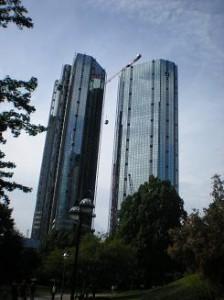 Deutsche Bank Türme im Sommer 2009