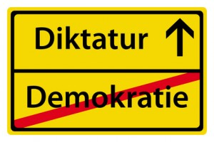 Diktatur nach Demokratie (T. Michel - Fotolia.com)