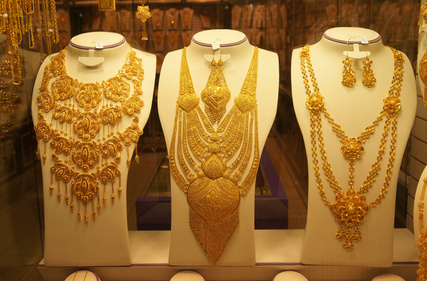 Gold Halsketten (wira91 - Fotolia.com)