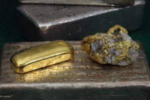 Silver & Gold Bullion Bars (Ingots) and Gold / Quartz Specimen