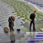 Euro-Bettler-Banker-kl