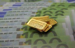 Gold kaufen, anonym (Foto: Goldreporter)