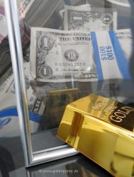 Gold, US-Dollar (Foto: Goldreporter)